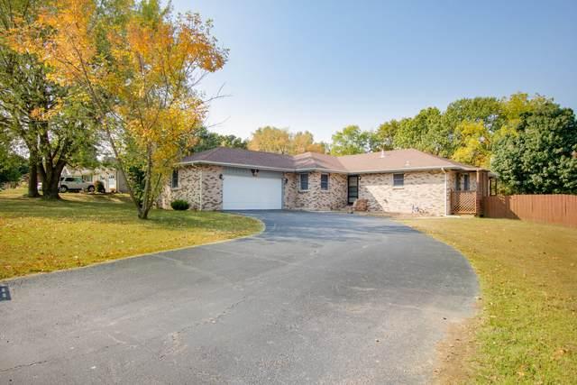 607 Terrace Drive, Aurora, MO 65605 (MLS #60175632) :: Team Real Estate - Springfield