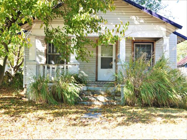 129 W Myrtle Street, Aurora, MO 65605 (MLS #60176151) :: Winans - Lee Team | Keller Williams Tri-Lakes