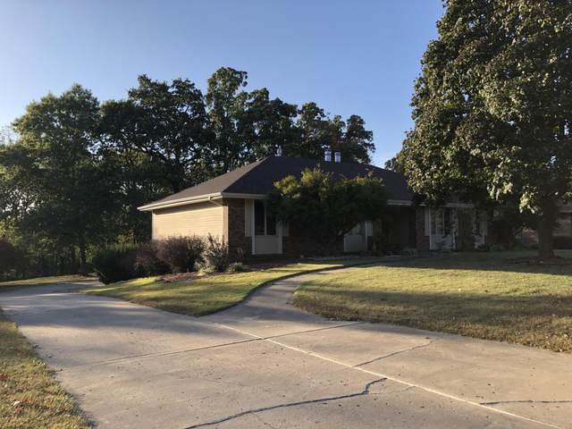 1667 S Oak Avenue, Aurora, MO 65605 (MLS #60176570) :: Winans - Lee Team | Keller Williams Tri-Lakes
