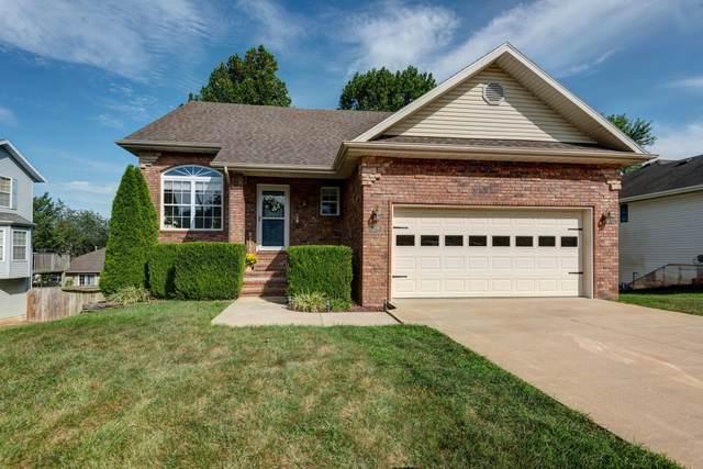 306 N Cedarwood Avenue, Republic, MO 65738 (MLS #60176799) :: Sue Carter Real Estate Group