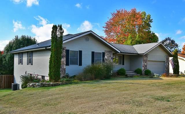 2964 E Ridgeview Street, Springfield, MO 65804 (MLS #60176884) :: Sue Carter Real Estate Group