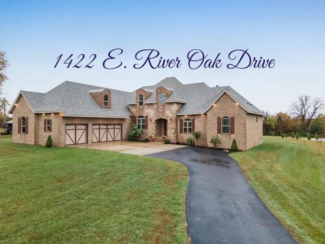1422 E River Oak Drive, Springfield, MO 65803 (MLS #60177212) :: The Real Estate Riders