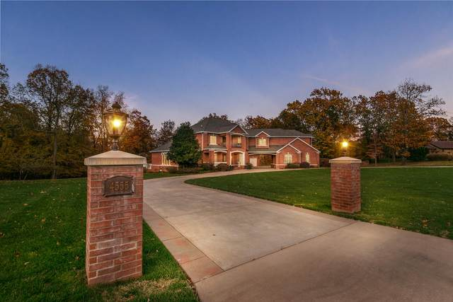 4555 E Berkeley Street, Springfield, MO 65809 (MLS #60177705) :: Team Real Estate - Springfield