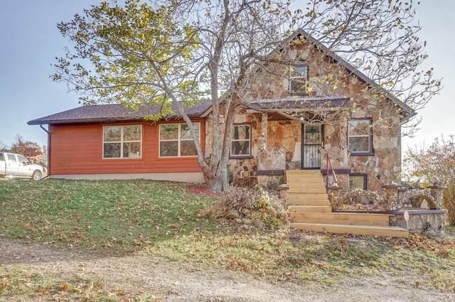 9099 Holly Lane, Mountain Grove, MO 65711 (MLS #60177838) :: Sue Carter Real Estate Group