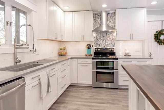 407 Schulz Avenue, Monett, MO 65708 (MLS #60177907) :: Winans - Lee Team | Keller Williams Tri-Lakes