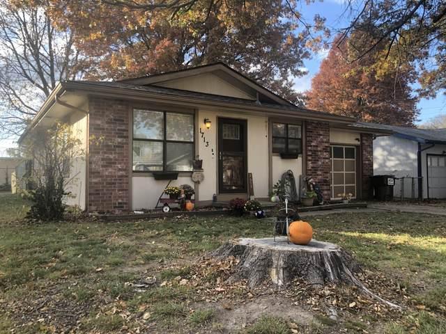 1713 N Lone Pine Avenue, Springfield, MO 65803 (MLS #60177991) :: Team Real Estate - Springfield