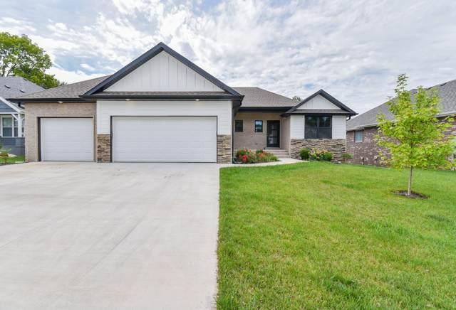 2438 W Camino Alto Street, Springfield, MO 65810 (MLS #60178145) :: Sue Carter Real Estate Group