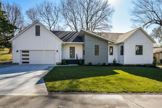 3010 E Lolo Trail, Springfield, MO 65804 (MLS #60178552) :: Sue Carter Real Estate Group