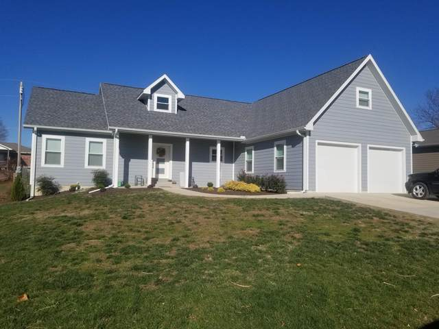 203 E Golden Avenue, El Dorado Springs, MO 64744 (MLS #60178569) :: United Country Real Estate