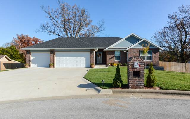 3328 N Tea Olive Court, Springfield, MO 65803 (MLS #60178578) :: Sue Carter Real Estate Group