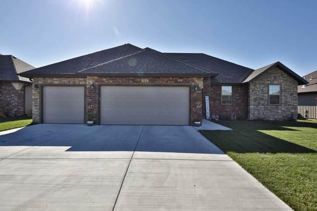 868 E Dyann Drive, Nixa, MO 65714 (MLS #60178602) :: Team Real Estate - Springfield