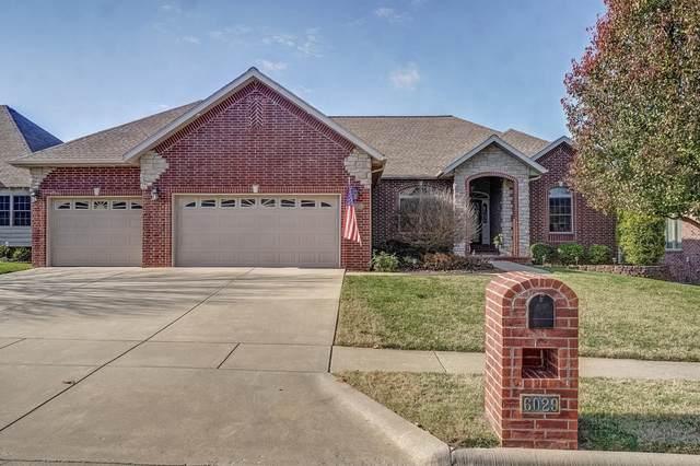 6029 S Black Oak Drive, Springfield, MO 65804 (MLS #60178755) :: Team Real Estate - Springfield