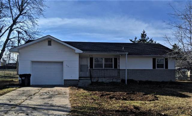 753 S Hickory Street, Buffalo, MO 65622 (MLS #60179728) :: United Country Real Estate