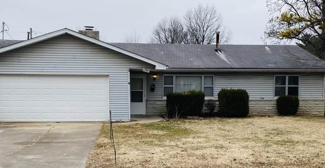 1709 S Sieger Drive, Springfield, MO 65804 (MLS #60181153) :: Team Real Estate - Springfield