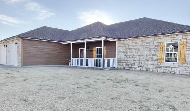 2636 S Adele Avenue, Joplin, MO 64804 (MLS #60181466) :: Clay & Clay Real Estate Team