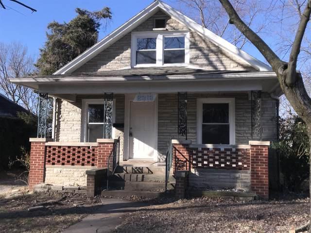 2313 N Kellett Avenue, Springfield, MO 65803 (MLS #60181525) :: Sue Carter Real Estate Group