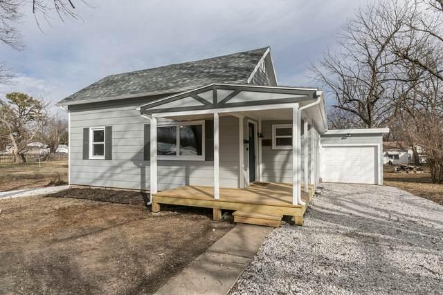 526 N Springfield Avenue, Bolivar, MO 65613 (MLS #60181639) :: Team Real Estate - Springfield