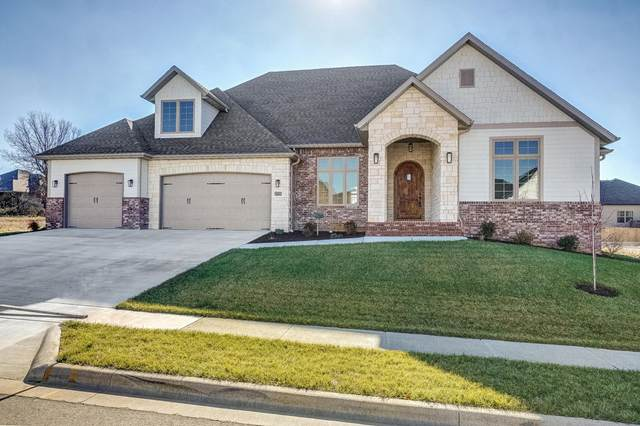 874 E Emerald Terrace, Nixa, MO 65714 (MLS #60181878) :: Team Real Estate - Springfield