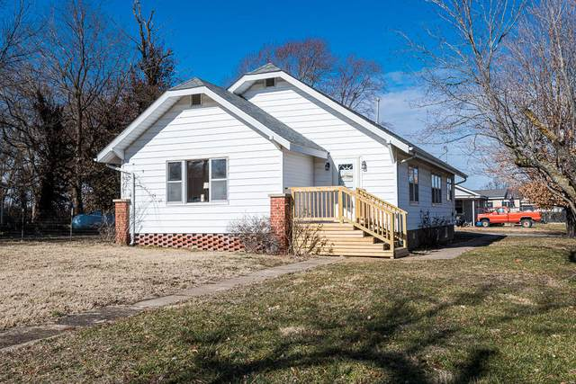 201 W Cowden Street, Pleasant Hope, MO 65725 (MLS #60181941) :: The Real Estate Riders