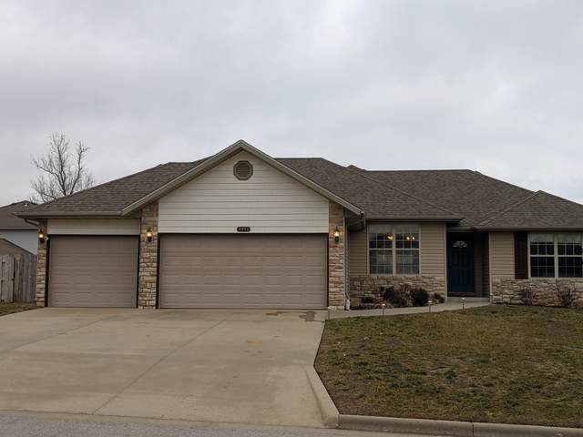 3951 W Tall Pine Court, Springfield, MO 65810 (MLS #60182258) :: Team Real Estate - Springfield