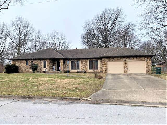 645 N Park Place, Bolivar, MO 65613 (MLS #60182719) :: Clay & Clay Real Estate Team
