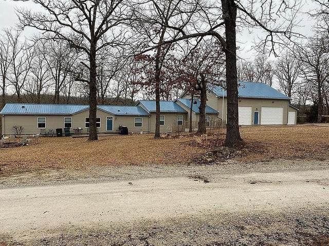 24088 Hickory Street, Pittsburg, MO 65724 (MLS #60183475) :: Clay & Clay Real Estate Team
