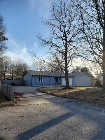 3218 E Whiteside Street, Springfield, MO 65804 (MLS #60184119) :: The Real Estate Riders
