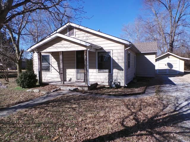 2408 W Highland Avenue, Joplin, MO 64804 (MLS #60184517) :: Clay & Clay Real Estate Team