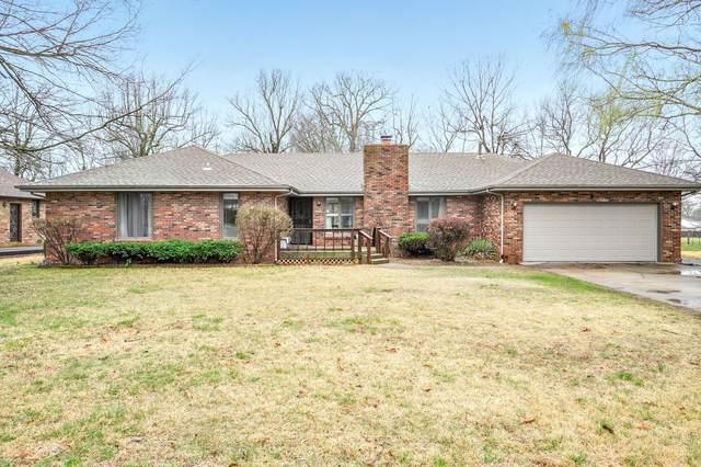 1651 Oak Drive, Aurora, MO 65605 (MLS #60185591) :: Team Real Estate - Springfield