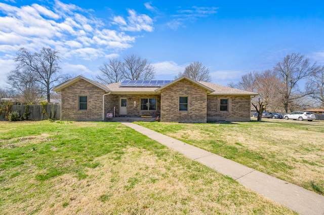 715 Lakeview Drive, Aurora, MO 65605 (MLS #60185884) :: Team Real Estate - Springfield