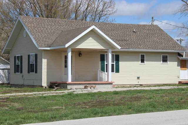 318 S Locust Street, Buffalo, MO 65622 (MLS #60186060) :: Team Real Estate - Springfield