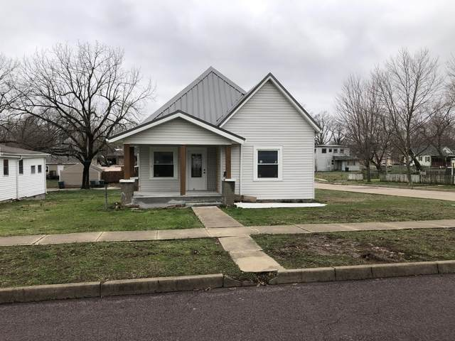 816 4th Street, Monett, MO 65708 (MLS #60186068) :: Team Real Estate - Springfield