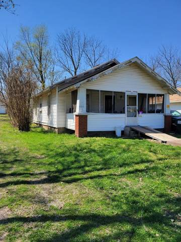 843 S Clark Avenue, Bolivar, MO 65613 (MLS #60186787) :: Team Real Estate - Springfield