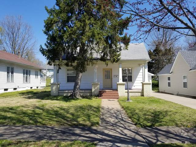 307 1st Street, Monett, MO 65708 (MLS #60186840) :: Team Real Estate - Springfield