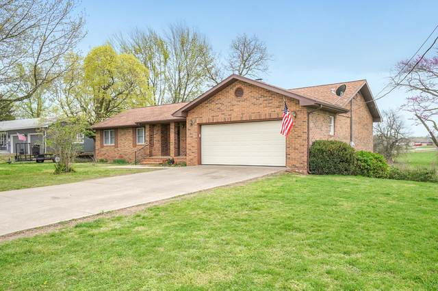 914 W Pleasant Street, Aurora, MO 65605 (MLS #60187236) :: Team Real Estate - Springfield