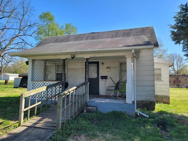 114 W Saint Louis Street, Aurora, MO 65605 (MLS #60187383) :: Team Real Estate - Springfield