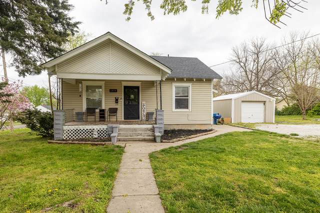 1959 W Lee Street, Springfield, MO 65803 (MLS #60187569) :: The Real Estate Riders