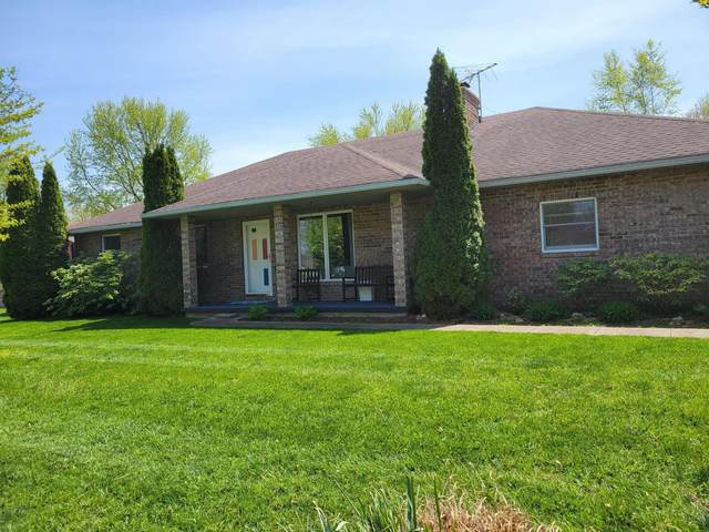 1808 S Hedgewood Drive, Bolivar, MO 65613 (MLS #60187889) :: Team Real Estate - Springfield