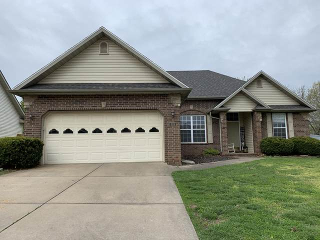 319 N Cedarwood Avenue, Republic, MO 65738 (MLS #60188151) :: Team Real Estate - Springfield