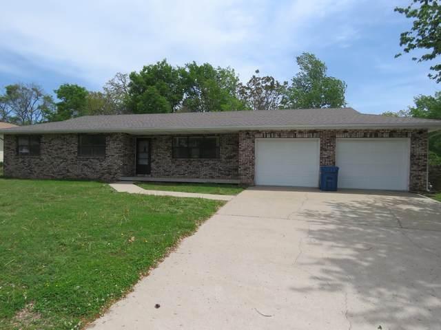 1140 Nelson Street, Carthage, MO 64836 (MLS #60188952) :: Winans - Lee Team | Keller Williams Tri-Lakes