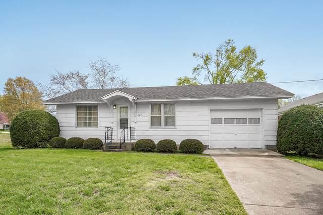 202 S Davis Street, Miller, MO 65707 (MLS #60189006) :: The Real Estate Riders