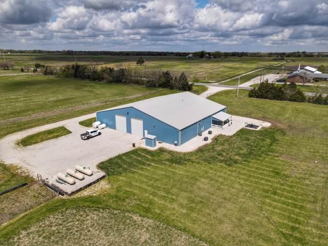 10448 52, Versailles, MO 65084 (MLS #60189284) :: Tucker Real Estate Group | EXP Realty