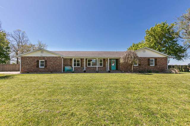 2360 W South Street, Bolivar, MO 65613 (MLS #60189405) :: The Real Estate Riders