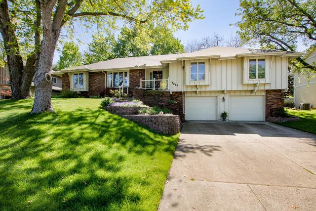1261 S Greentree Avenue, Springfield, MO 65809 (MLS #60189801) :: Tucker Real Estate Group | EXP Realty