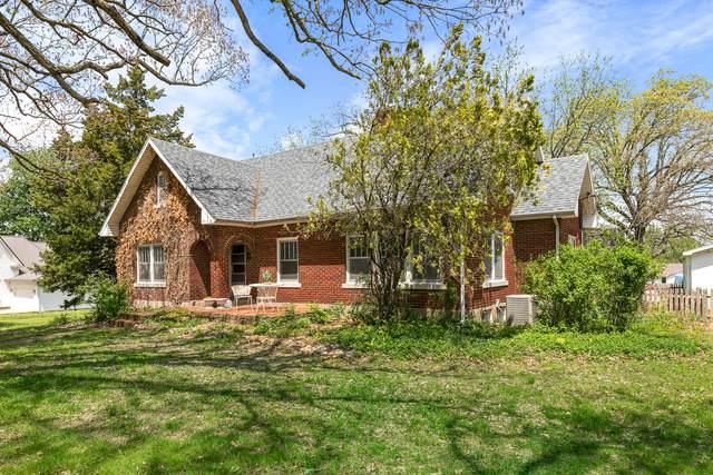 511 W Jackson Street, Marshfield, MO 65706 (MLS #60189980) :: Team Real Estate - Springfield