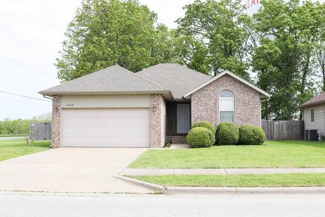 3109 W Garton Road, Ozark, MO 65721 (MLS #60190598) :: Clay & Clay Real Estate Team