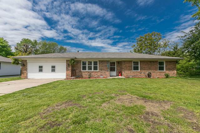 111 N Grand Prairie Drive, Willard, MO 65781 (MLS #60190608) :: Evan's Group LLC