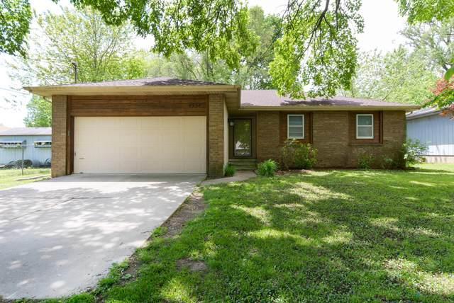 4534 W La Siesta Street, Springfield, MO 65802 (MLS #60190610) :: Clay & Clay Real Estate Team