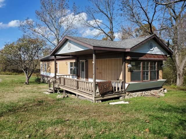 190 State Rd O, Mack's Creek, MO 65786 (MLS #60191812) :: Clay & Clay Real Estate Team
