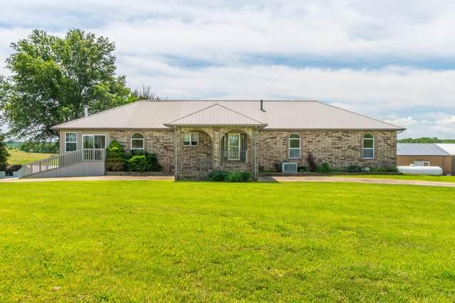 9248 W Hedge Tree Lane, Springfield, MO 65802 (MLS #60192361) :: Clay & Clay Real Estate Team
